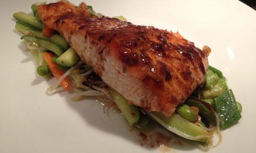 Salmone al forno con verdure all'orientale (4 persone)