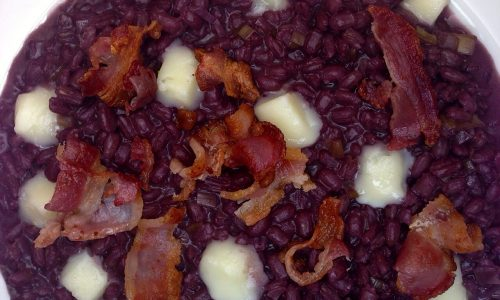 Orzotto al teroldego, taleggio e bacon croccante
