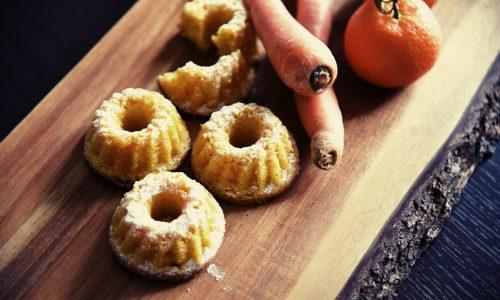 Tortine di carote e mandarini